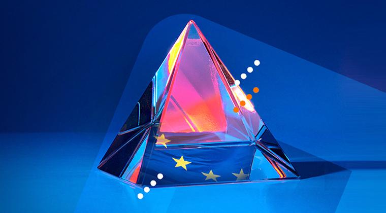 Transparent prism